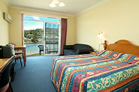 Clan Lakeside Lodge - Kempsey Accommodation