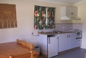 Halliday Bay Resort - Kempsey Accommodation