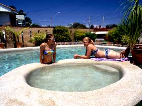 Mackay Motor Inn - Kempsey Accommodation