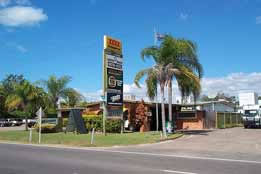 Queens Beach Motor Hotel - Kempsey Accommodation