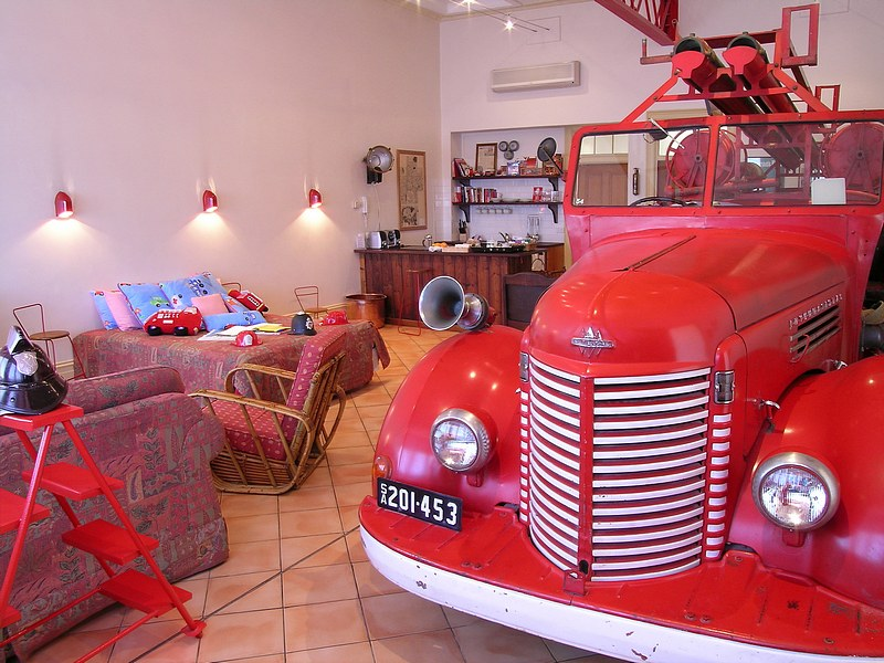The Fire Station Inn - Fire Engine Suite - Kempsey Accommodation