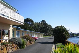 Waterfront Wynyard - The - Kempsey Accommodation