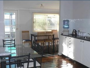 Comfort Cottage - Kempsey Accommodation