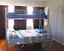 Surf N Sun Beachside Backpackers - Kempsey Accommodation