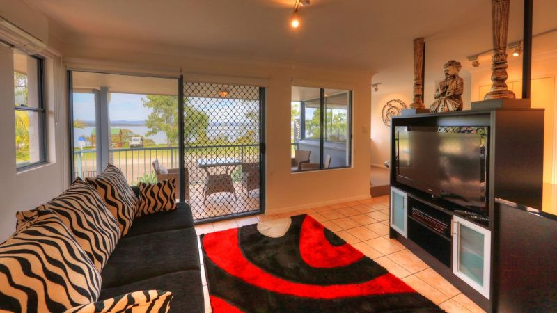 Dolphin Waters Holiday Apartments - Kempsey Accommodation