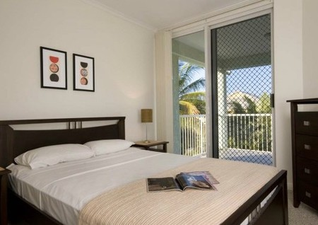 On The Beach Holiday Apartments - Kempsey Accommodation