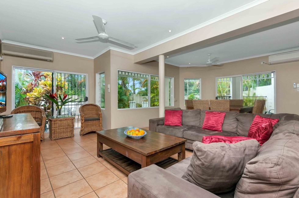 The Villas Palm Cove - Kempsey Accommodation