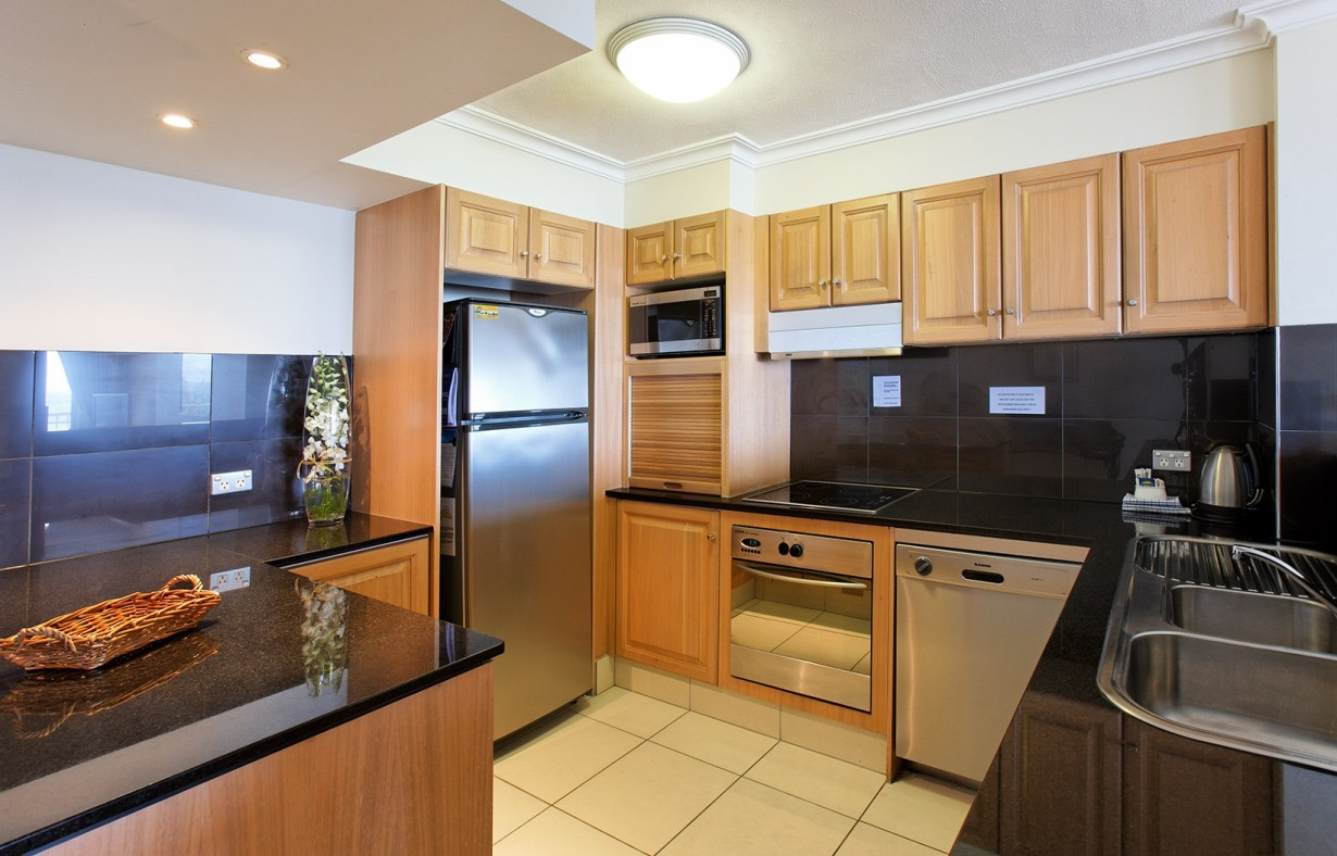 La Grande Apartments Broadbeach - Kempsey Accommodation