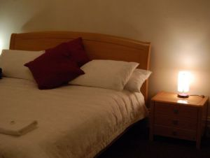 Bank on the Goulburn Seymour Victoria - Kempsey Accommodation