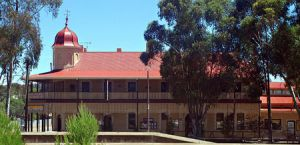 Peterborough Railway Hotel - Kempsey Accommodation