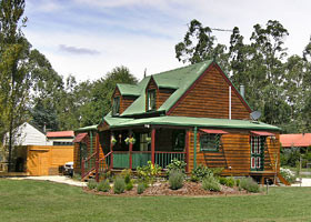 Mystic Mountains Holiday Cottages - Kempsey Accommodation