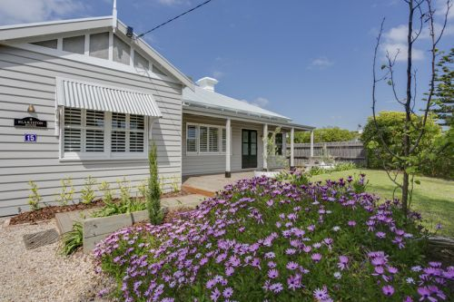 Blakiston House - Kempsey Accommodation