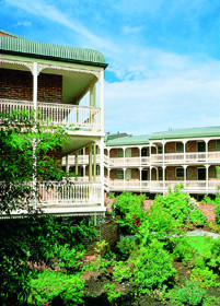 Medina Serviced Apartments Canberra - Kempsey Accommodation