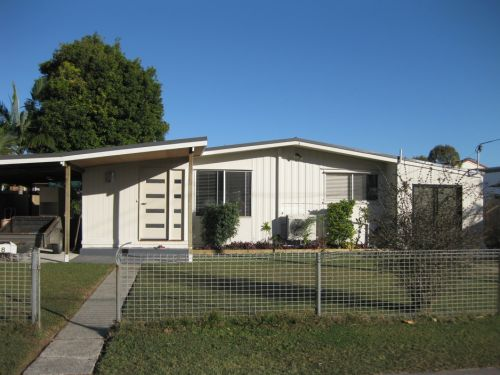 Our Holiday House - Kempsey Accommodation