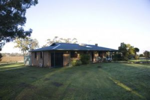Talga Vines Vineyard Escape - Kempsey Accommodation