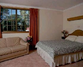 Bridport Bay Inn - Kempsey Accommodation