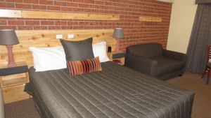 AAT 28 Goldsmith Hotel - Kempsey Accommodation