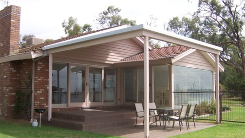 Mulwala Lakeside - Kempsey Accommodation
