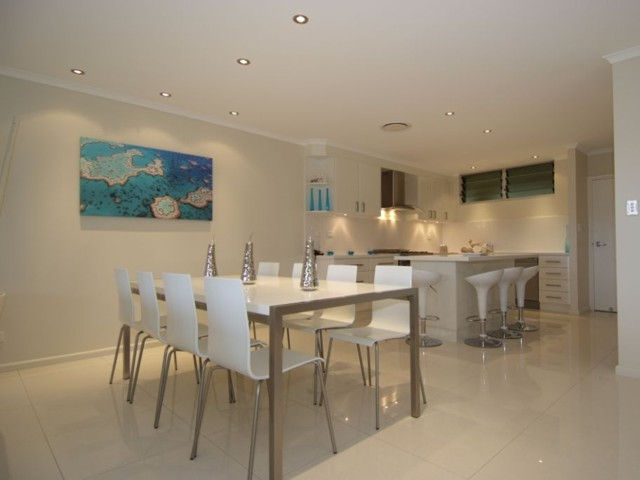 Hamilton Island Private Apartment - Poinciana - Kempsey Accommodation