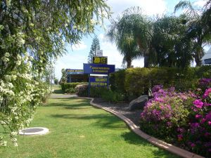Kings Motor Inn  Steakhouse - Kempsey Accommodation