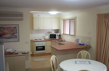 Charlotte Apartments - Kempsey Accommodation