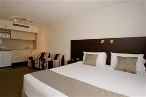 St Ives Motel Apartments - Kempsey Accommodation
