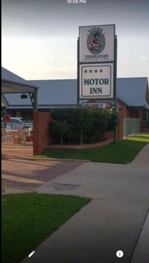 Federation Motor Inn Young - Kempsey Accommodation