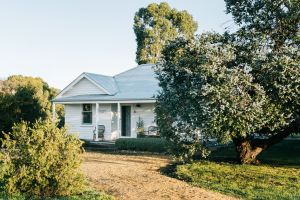 Salt Creek Cottage - Kempsey Accommodation