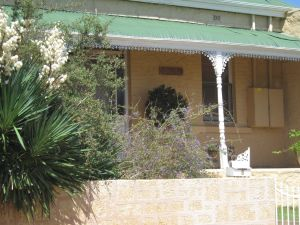 Amalie Cottage - Kempsey Accommodation
