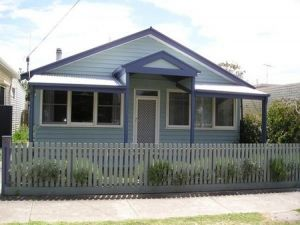 Cliffs Cottage - Kempsey Accommodation