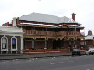 The Queenscliff Inn - Kempsey Accommodation