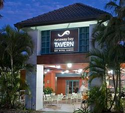 Runaway Bay Tavern - Kempsey Accommodation