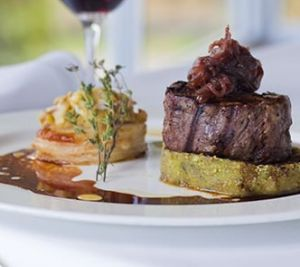 Chris's Beacon Point Restaurant - Kempsey Accommodation