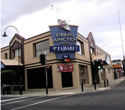 Grand Junction Hotel - Kempsey Accommodation