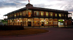 The Grand Terminus Hotel - Kempsey Accommodation
