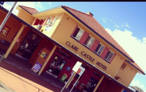 Clare Castle Hotel - Kempsey Accommodation