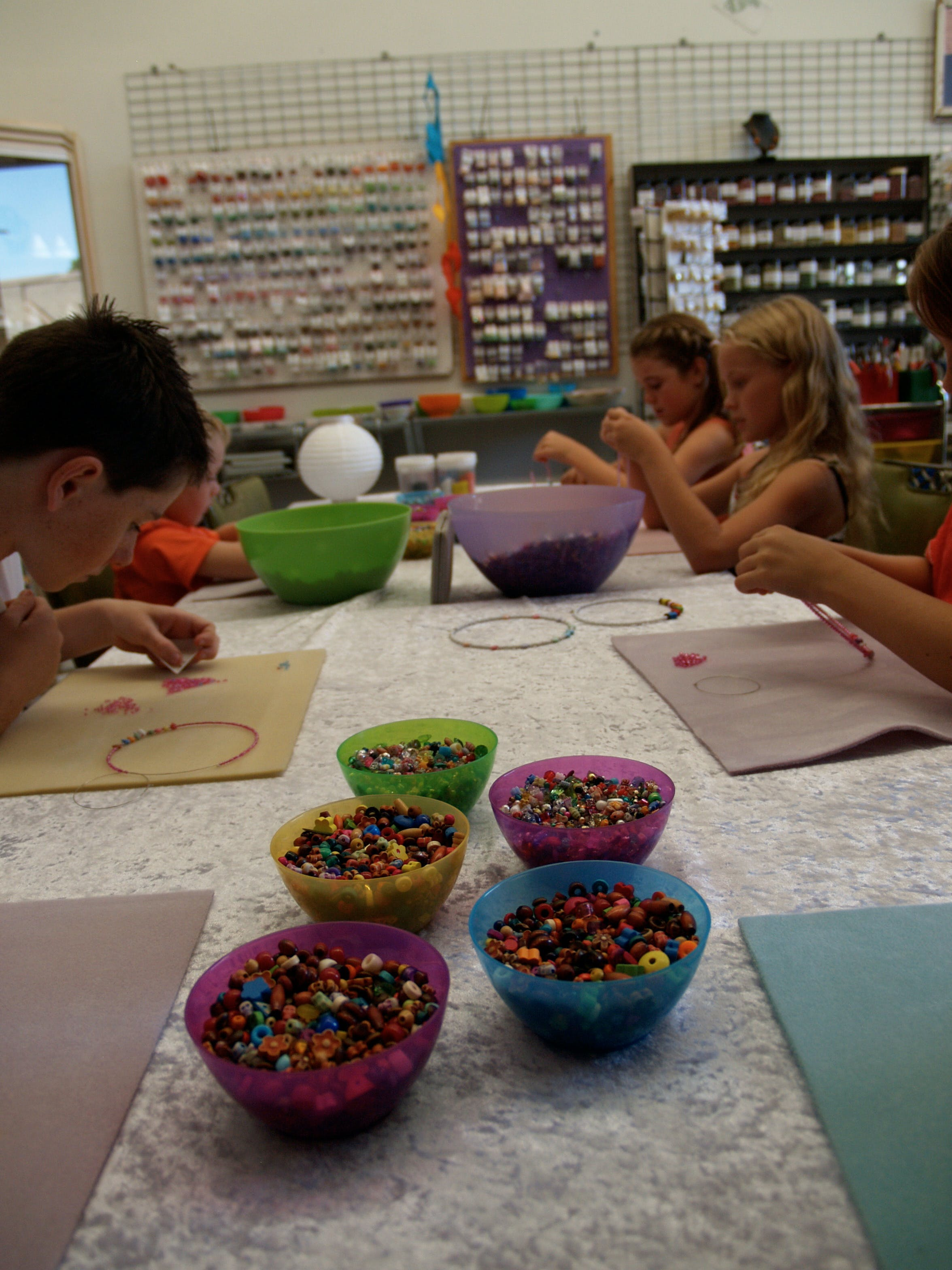 School Holiday One Hour Beading Workshops - Kempsey Accommodation