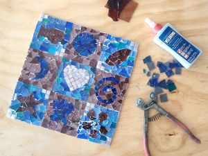 Intro to Mosaics Weekend with Leadlight By Ettore - Kempsey Accommodation