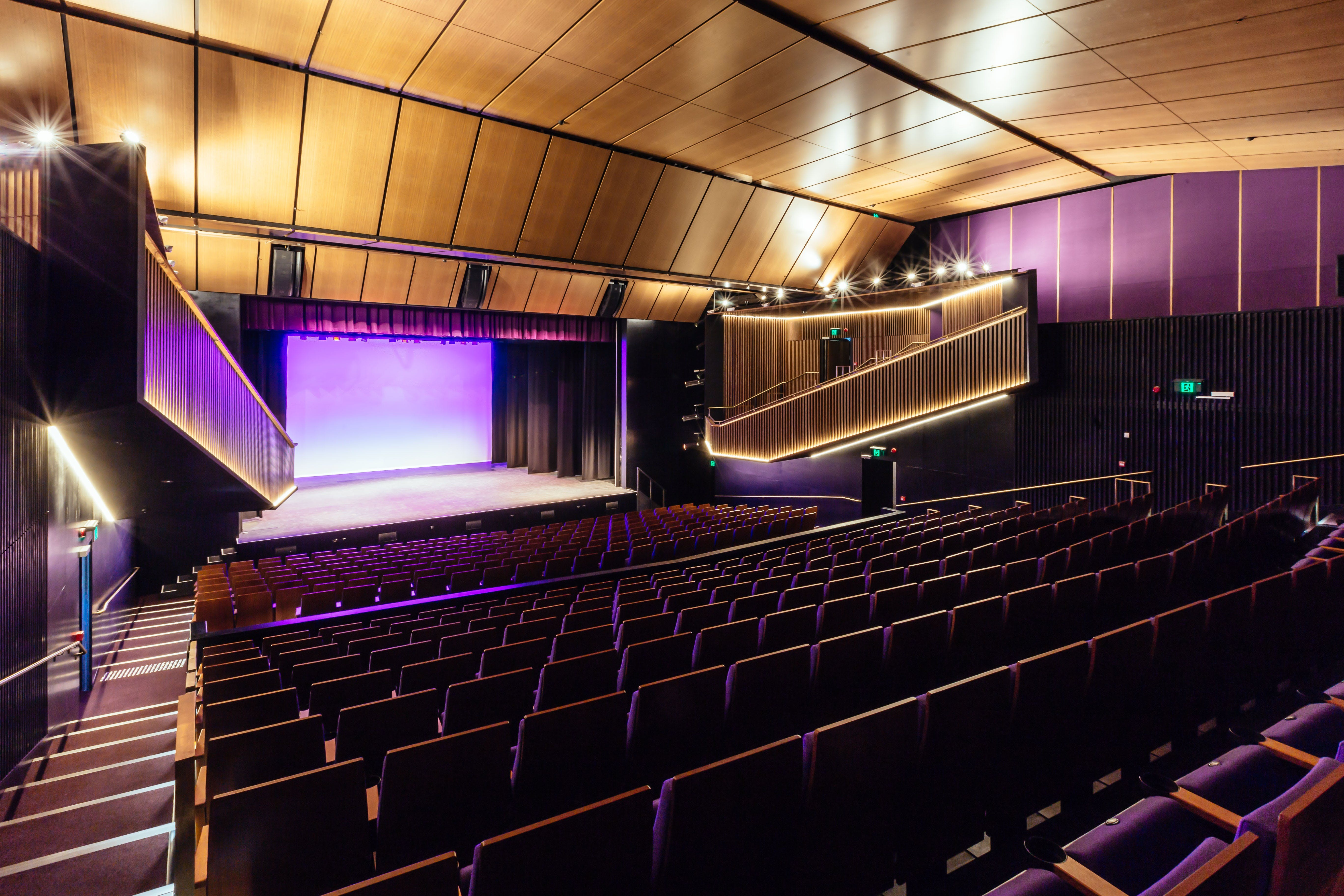 Sydney Comedy Festival Showcase Wyong - Kempsey Accommodation