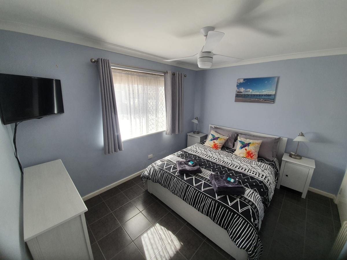Ocean Beach Chalet 18 - Kempsey Accommodation