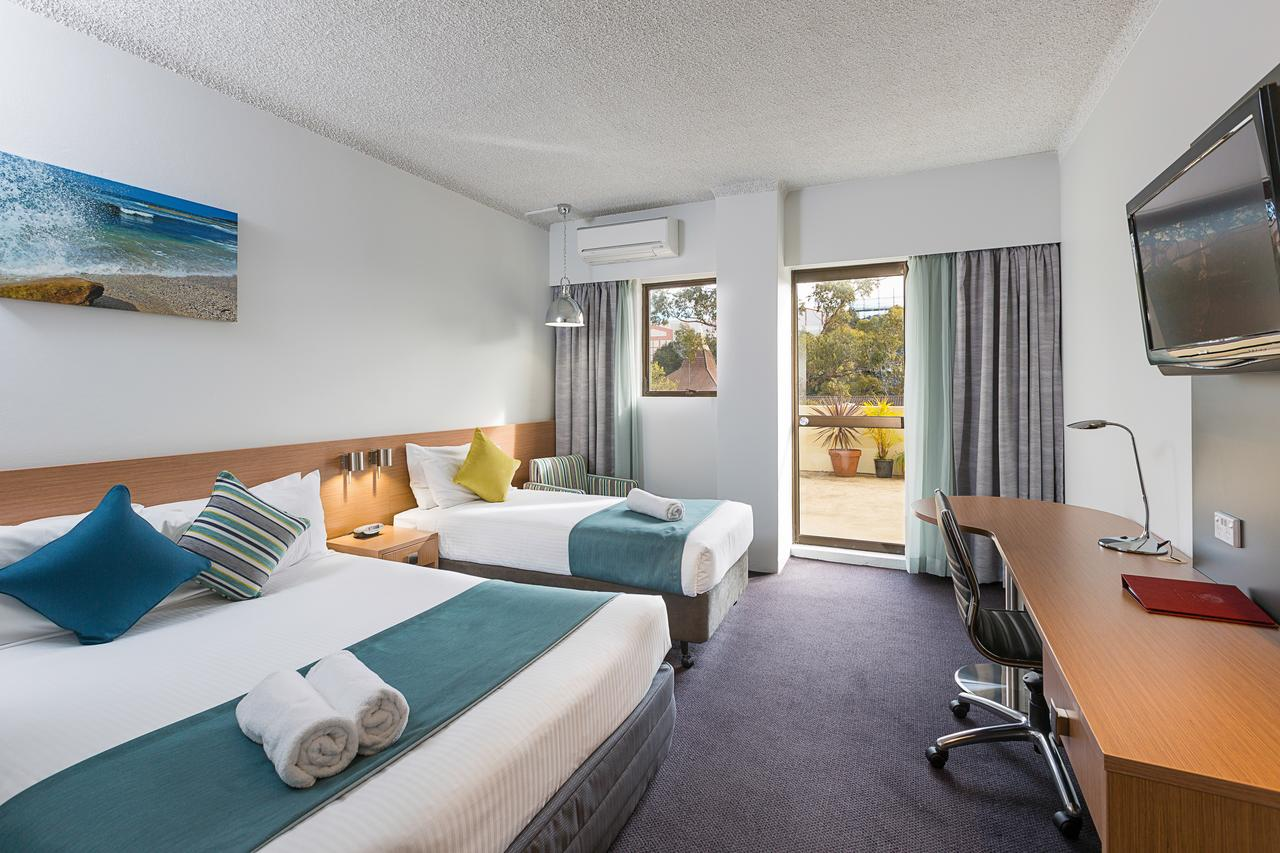 Metro Hotel Miranda - Kempsey Accommodation