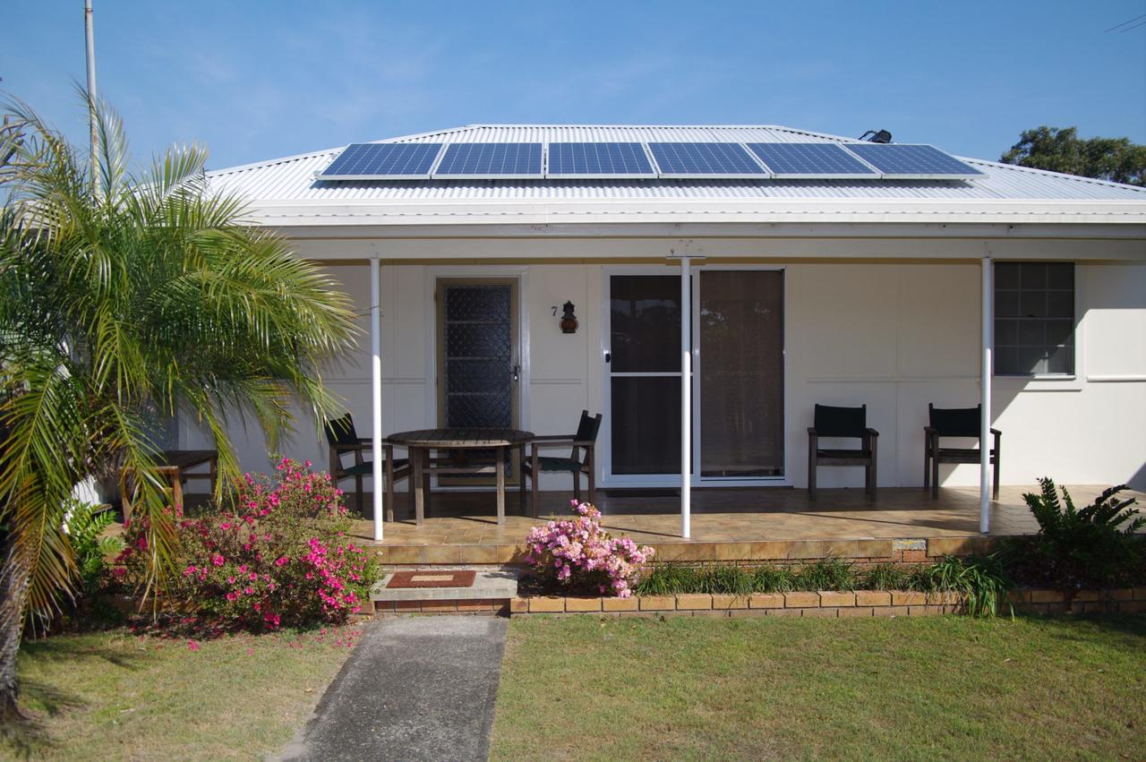 Fleur Cottage, 7 Willow Street - Kempsey Accommodation