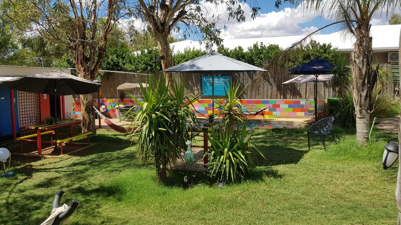 Alice's Secret Travellers Inn - Kempsey Accommodation