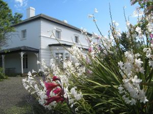 The Grove Cottages - Kempsey Accommodation