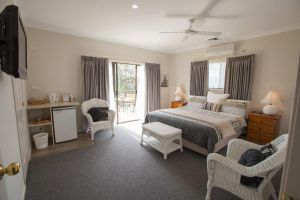 Batemans Bay Manor - Bed and Breakfast - Kempsey Accommodation